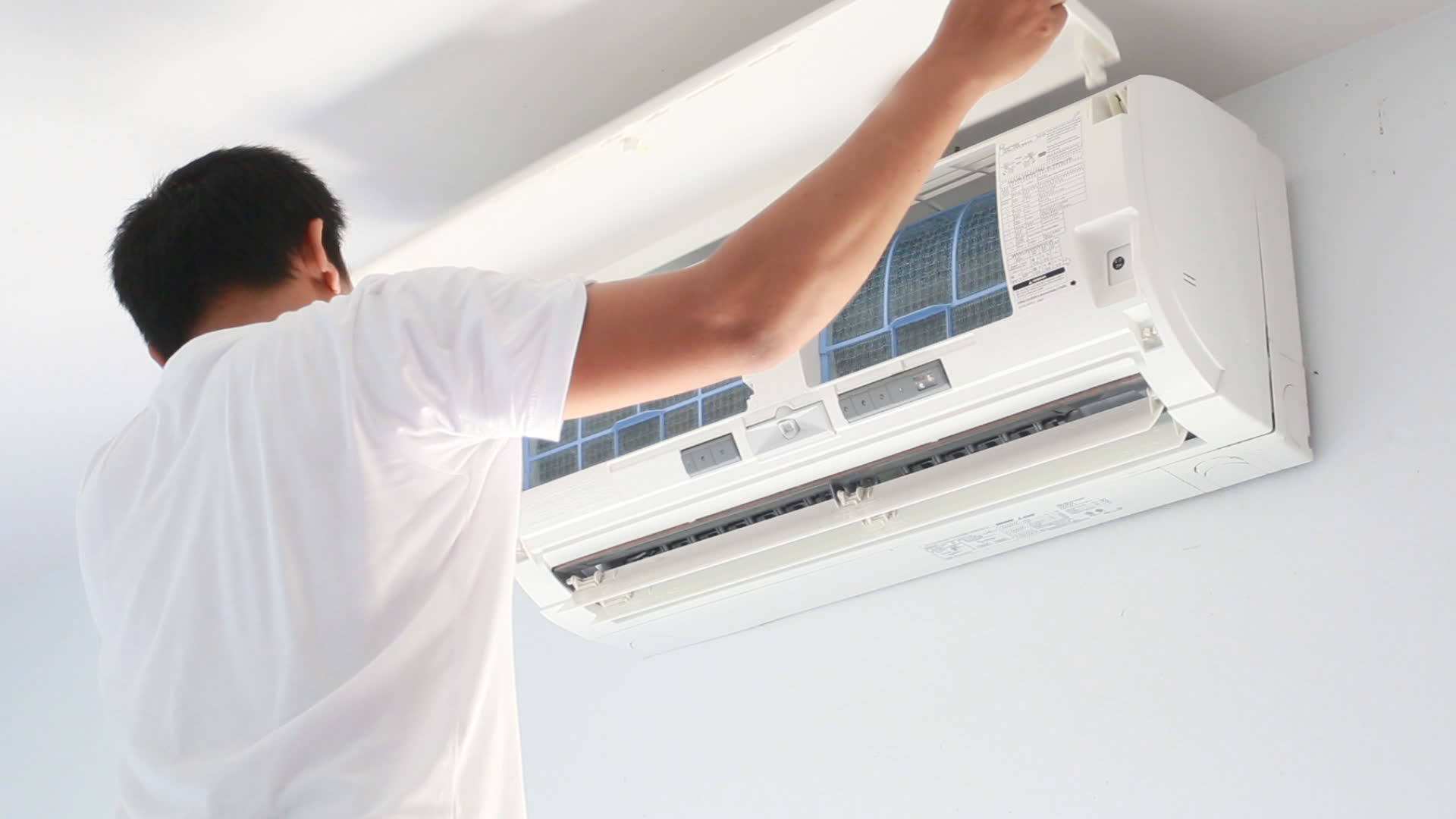 Get free quotes to find the best air conditioner cleaning service! #784637